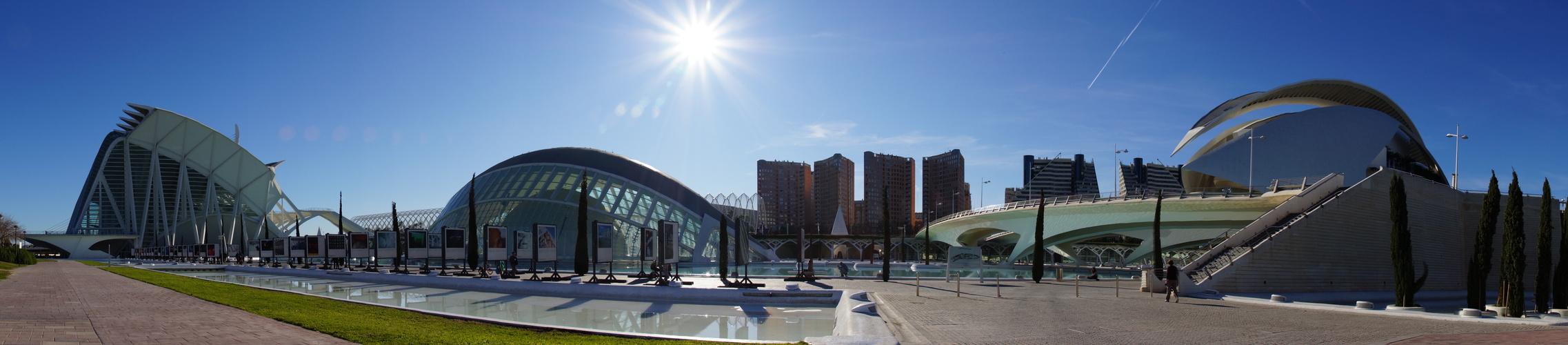panoramica-ciudad-artes-y-ciencias-fd05336a-7352-4725-89a2-eacfd2b9c2d7